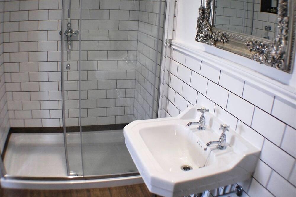Dvojlôžková izba, vlastná kúpeľňa, výhľad na záhradu (5 Pet Friendly) - Kúpeľňa