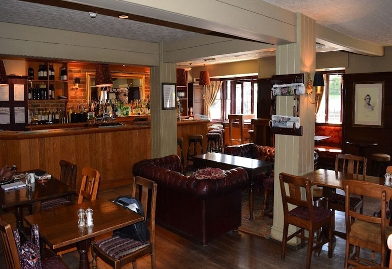 The Drummond Arms, Guildford, Hotelski bar