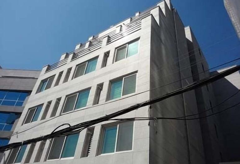 스테이 강남, 서울특별시