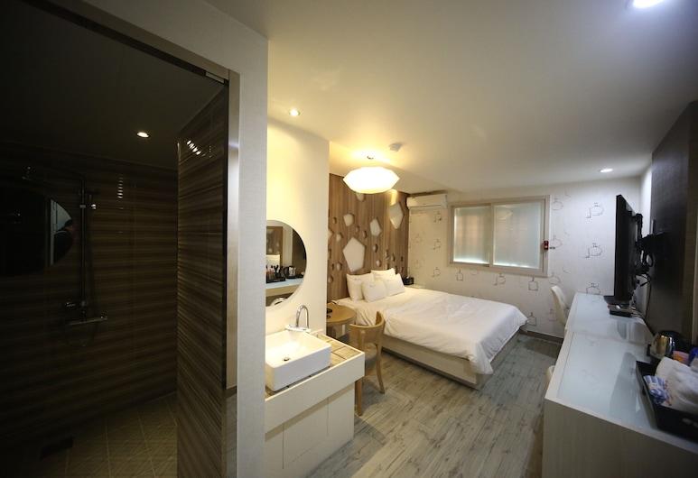 Hotel June Haeundae, Busan, Deluxe Double Room, Bilik Tamu