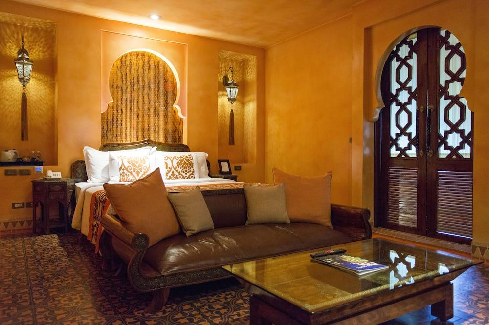 Chambre Double Deluxe, 1 très grand lit, balcon, vue montagne - Balcon