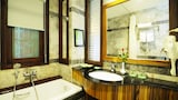 Choose This 4 Star Hotel In Hoi An