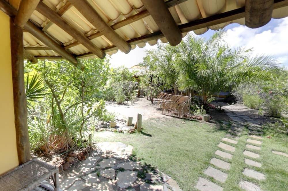 Traditional Σαλέ, 1 Διπλό Κρεβάτι, Μη Καπνιστών - Θέα στον κήπο