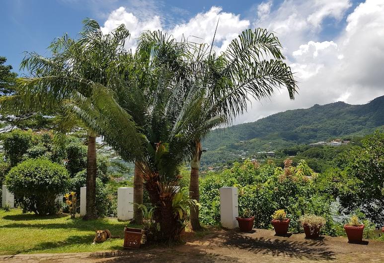 香茅島別墅, 馬埃島, 花園