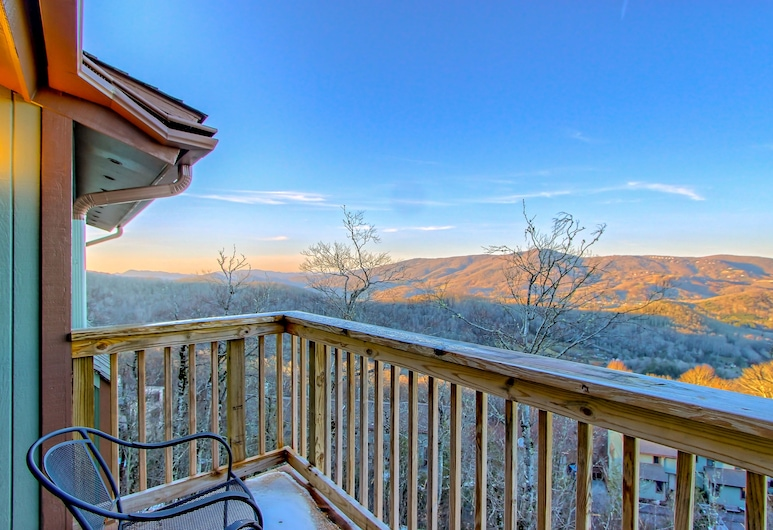 The Highlands at Sugar by Capital Vacations, Banner Elk, Twin Room, Balcony