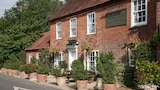 Reserve this hotel in Thatcham, United Kingdom