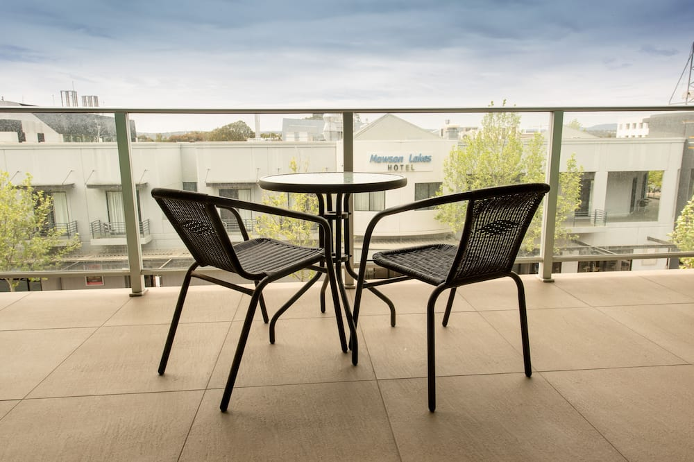 Two Bedroom Central Apartment - Balcony