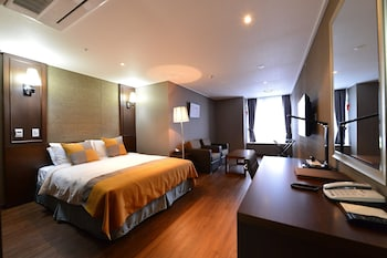 Picture of Value Hotel Worldwide Suwon in Suwon