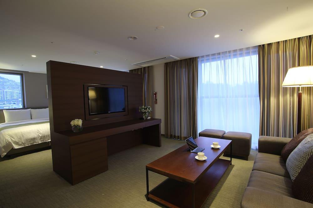 סוויטה משפחתית (Aventree) - חדר אורחים