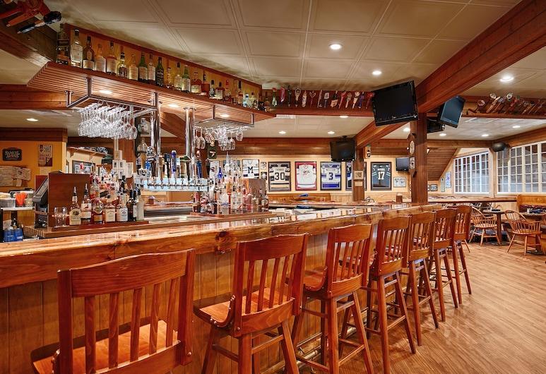 Best Western Plus Windjammer Inn & Conference Center, Νότιο Μπέρλινγκτον, Μπαρ ξενοδοχείου