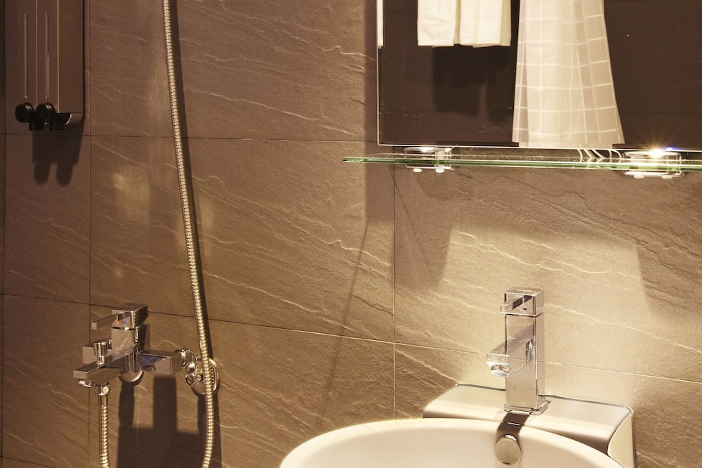 Standard Room Day use 2h - Bathroom
