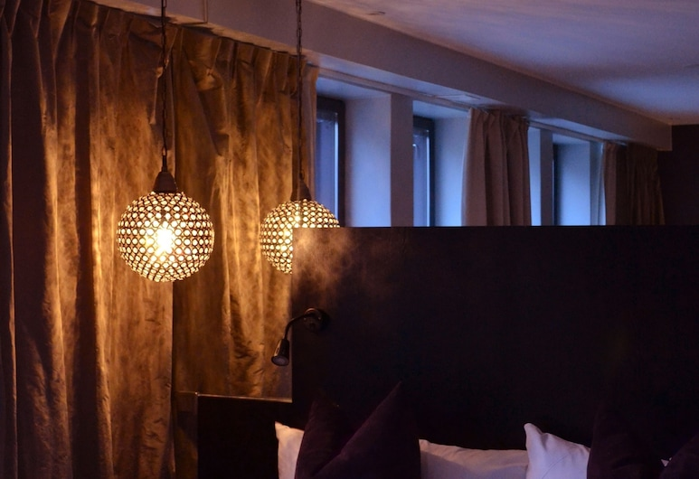 Hotel by Maude Solna, Solna, Deluxe Double Room, 1 Double Bed, Accessible (Sofa bed), Guest Room