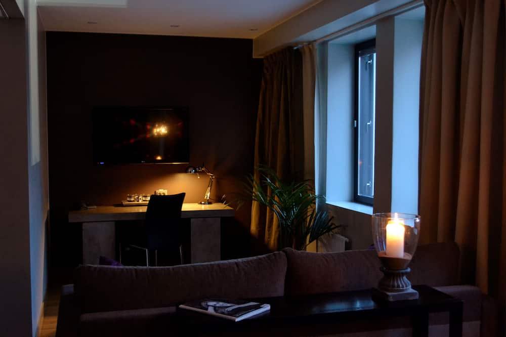 Pokój dwuosobowy typu Deluxe, Łóżko podwójne, przystosowanie dla niepełnosprawnych (Sofa bed) - Powierzchnia mieszkalna