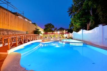 Picture of Red Coco Inn de Boracay in Boracay Island