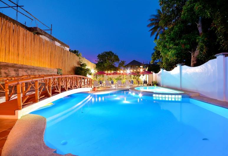 レッド ココ イン デ ボラカイ, Boracay Island, 屋外プール