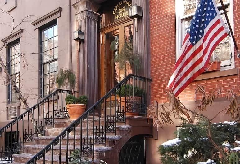 Colonial House Inn, New York
