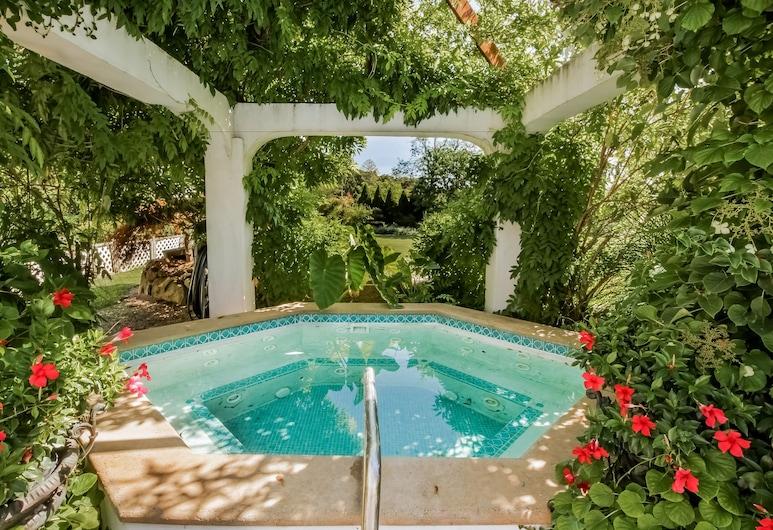 The Villa Bed & Breakfast, Westerly, SPA vonia lauke