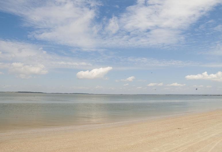 德索托海滩酒店, 泰碧島, 海灘