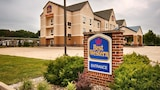 Choose This 2 Star Hotel In Elkhart