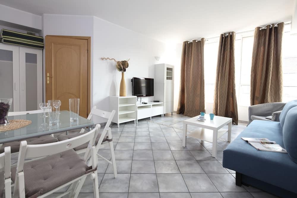 Apartament z 2 sypialniami - Salon