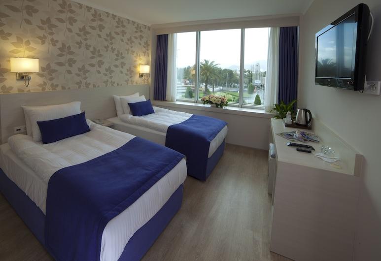 Walk In Hotel, Izmir, Superior Double or Twin Room, Guest Room