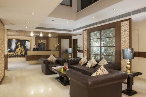 雅典娜酒店/