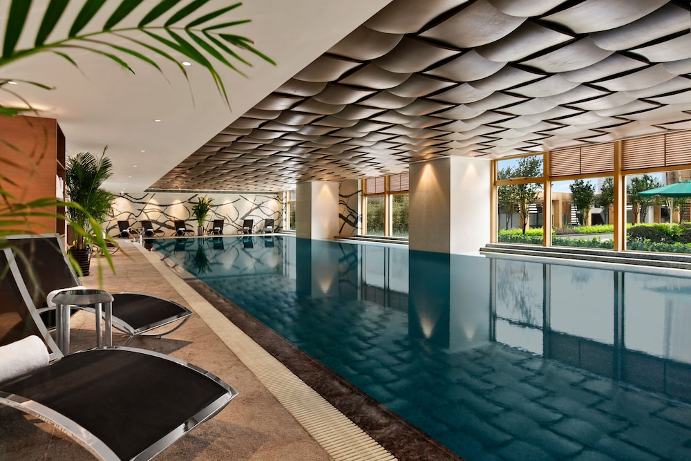 Kempinski Hotel Chongqing Indoor Pool