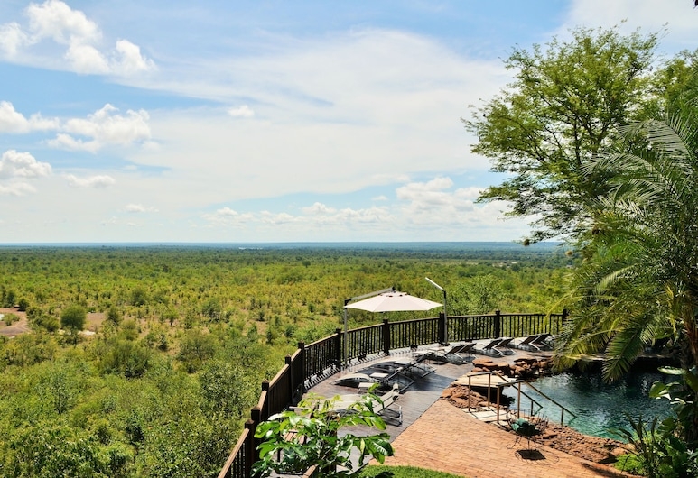 Victoria Falls Safari Suites, Thị trấn Victoria Falls, Quang cảnh từ khách sạn