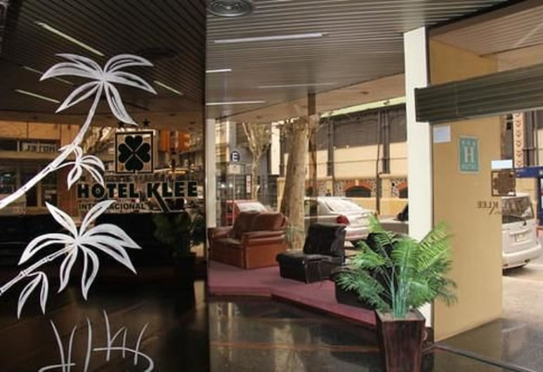 Hotel Klee, Montevideo, Tiền sảnh
