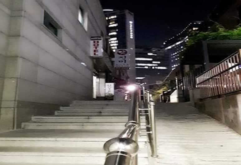 Dongdo Hotel, Seoul, Ulaz u hotel