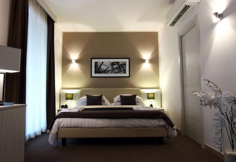 斯特爾商務酒店, 那不勒斯, 普通套房, 客房