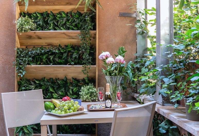 Hotel Navona Colors, Rom, Deluxe-dobbeltværelse - terrasse - byudsigt, Værelse