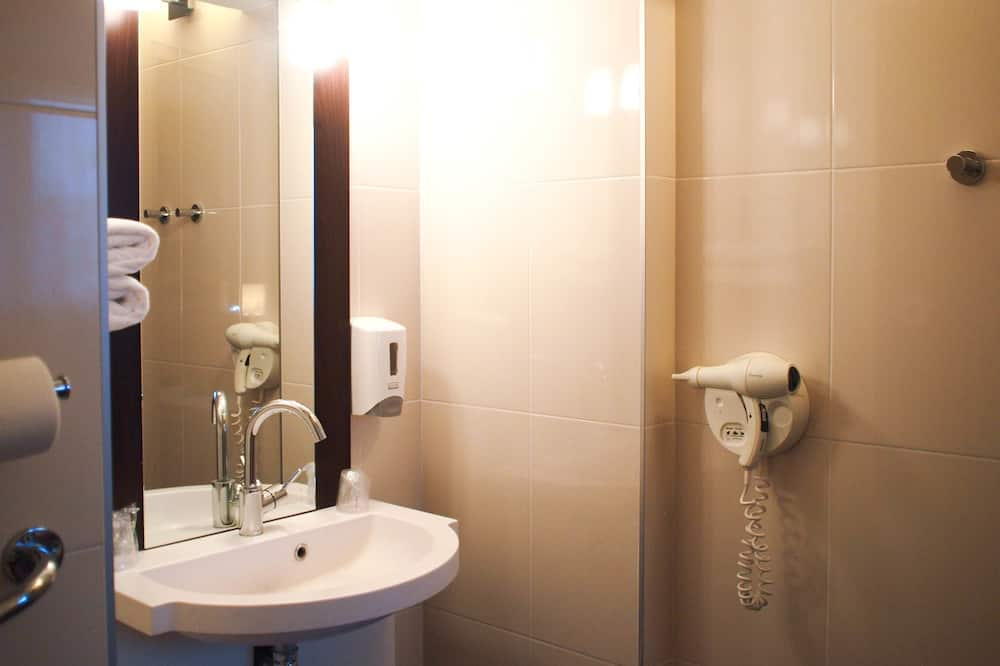 プレミア トリプルルーム 1 ベッドルーム - バスルーム