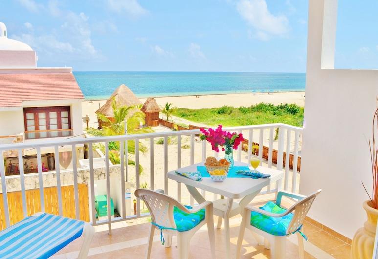 Corales Suites, פוארטו מורלוס, סוויטה משפחתית, 2 חדרי שינה, נוף חלקי לאוקינוס, מרפסת