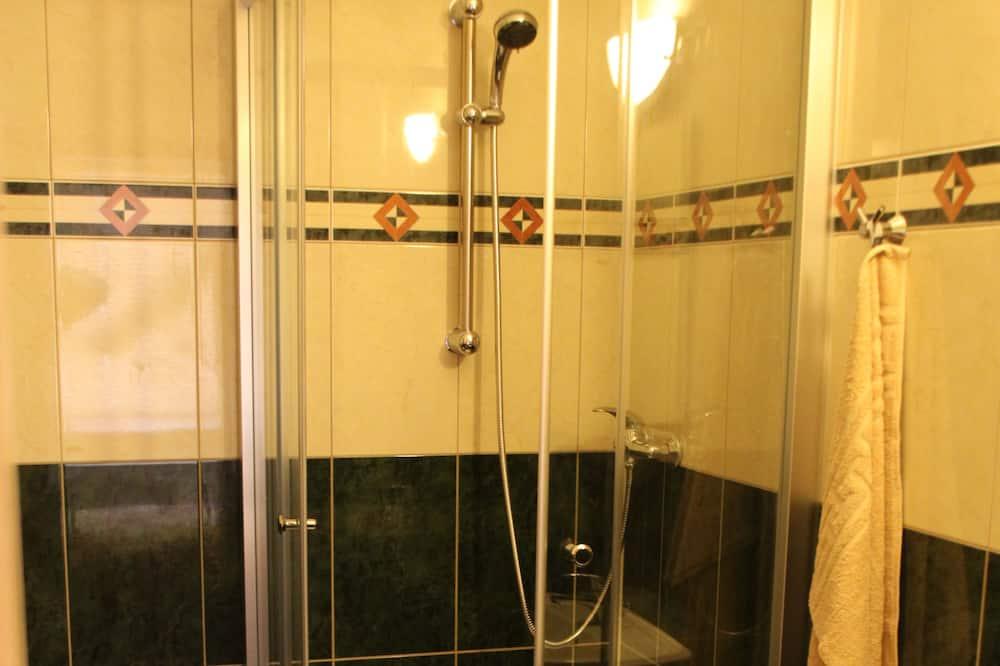 Vannasistabas duša