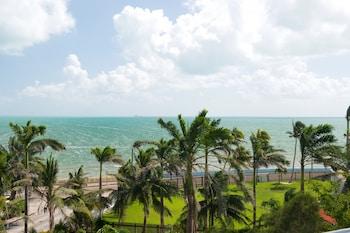 Mynd af The Great House í Belize City