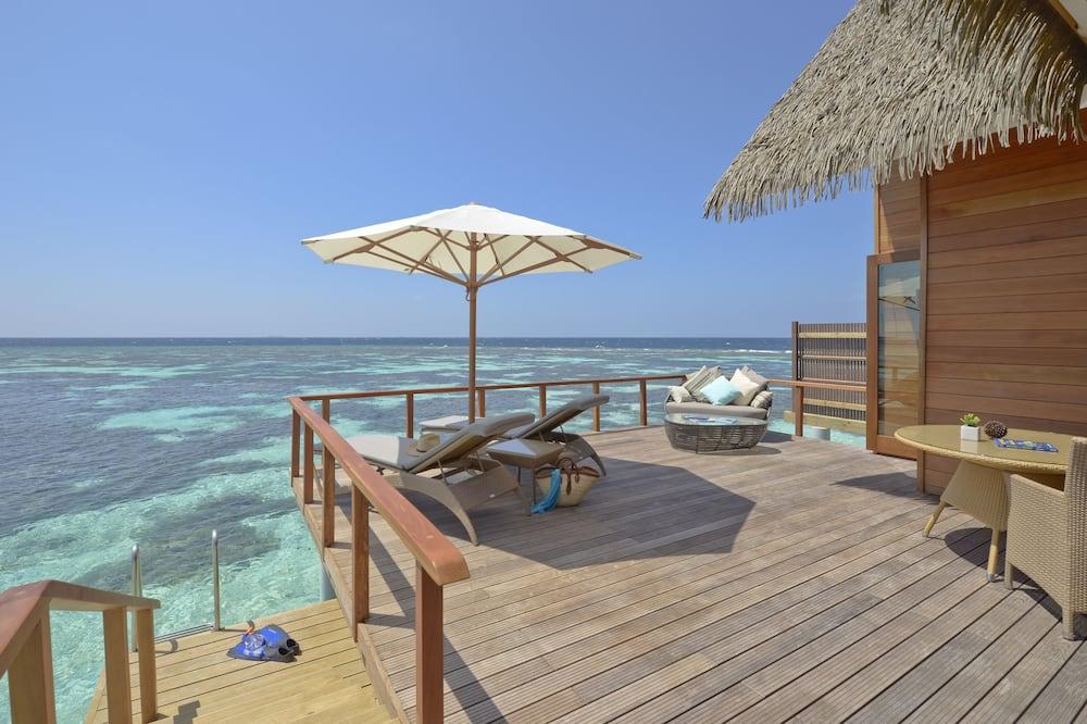 Ocean Villa - Balcony