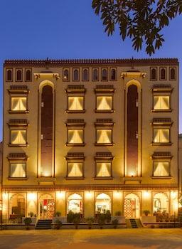 Introduce las fechas para ver los descuentos de hoteles en Amer