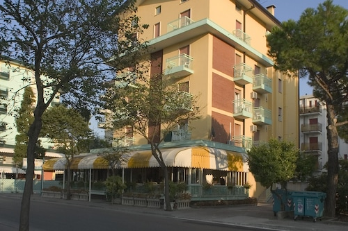 坦皮哥飯店/