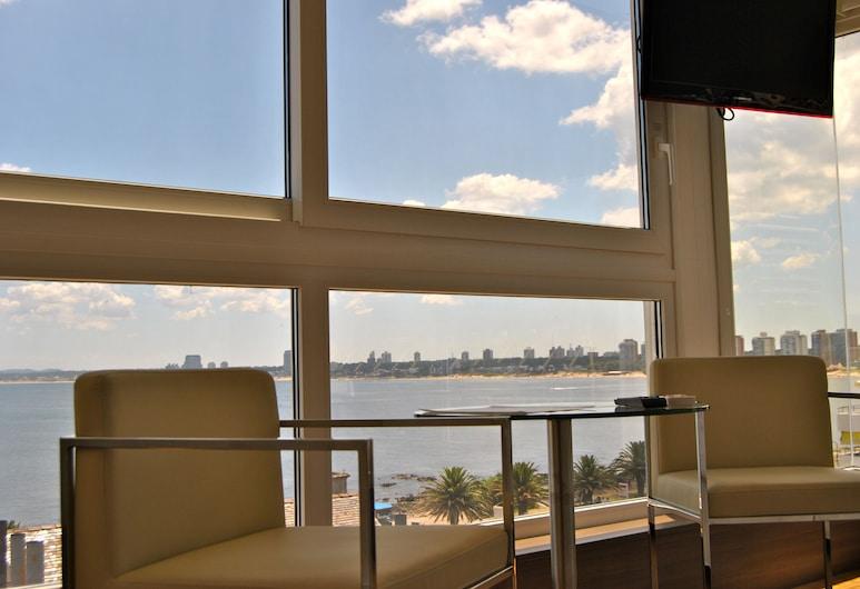 Hotel Castilla, Punta del Este, Executive-rum - bubbelpool, Utsikt från gästrum