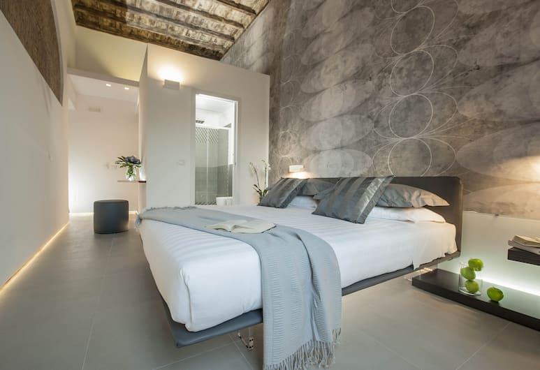 Second Floor, Rome, Deluxe Double Room, City View, Guest Room