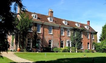 Picture of New Park Manor in Brockenhurst