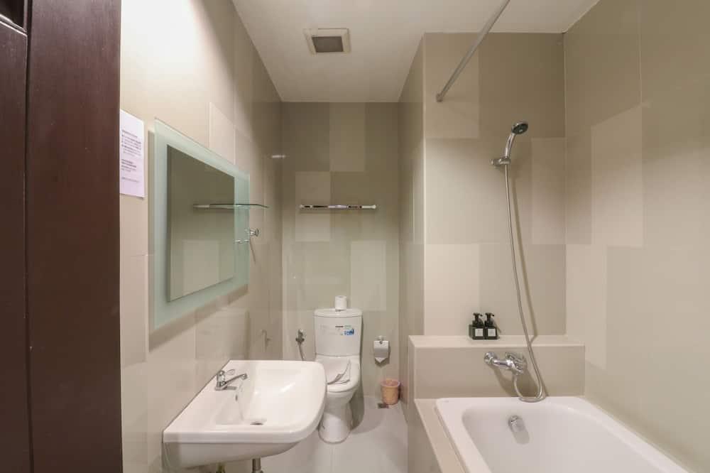 ห้องซูพีเรีย (Family) - ห้องน้ำ