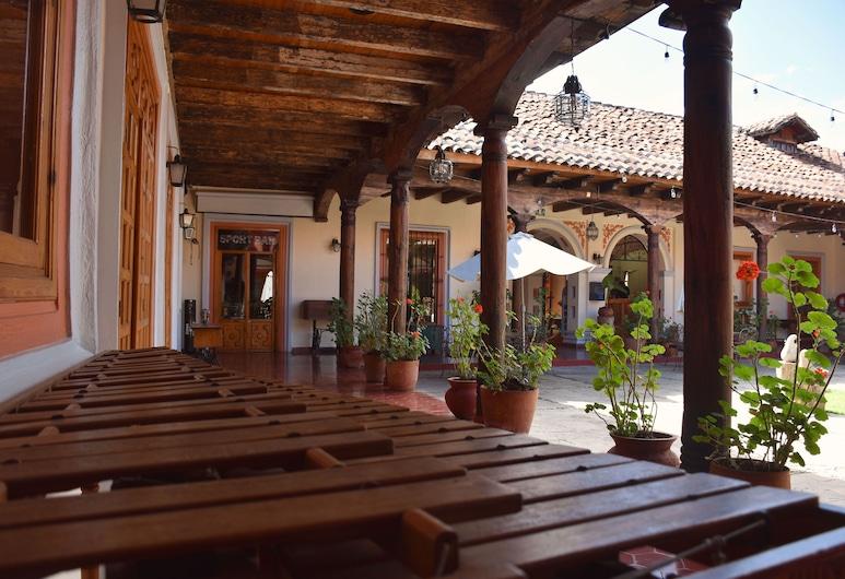 Hotel Diego de Mazariegos, San Cristóbal de las Casas, Standardzimmer, 2Doppelbetten, Terrasse/Patio
