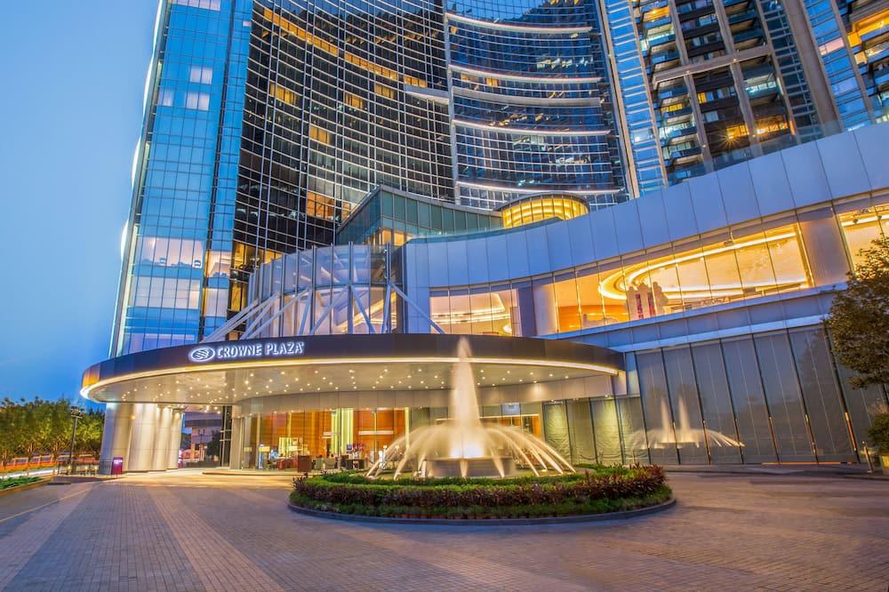 Crowne Plaza Macau, an IHG Hotel