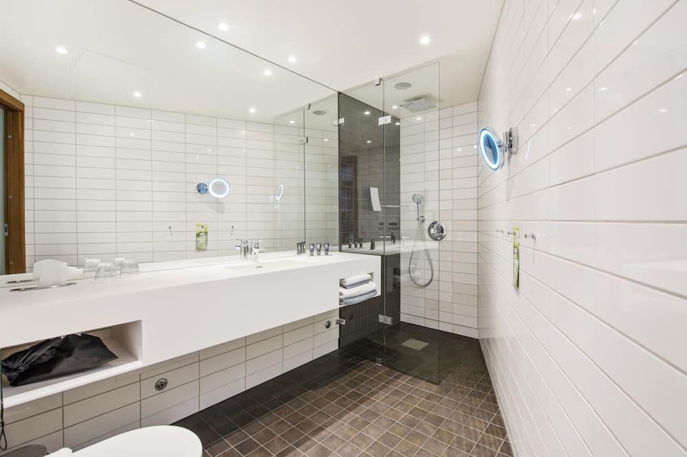 Suite, 1 Tempat Tidur Double, non-smoking - Kamar mandi