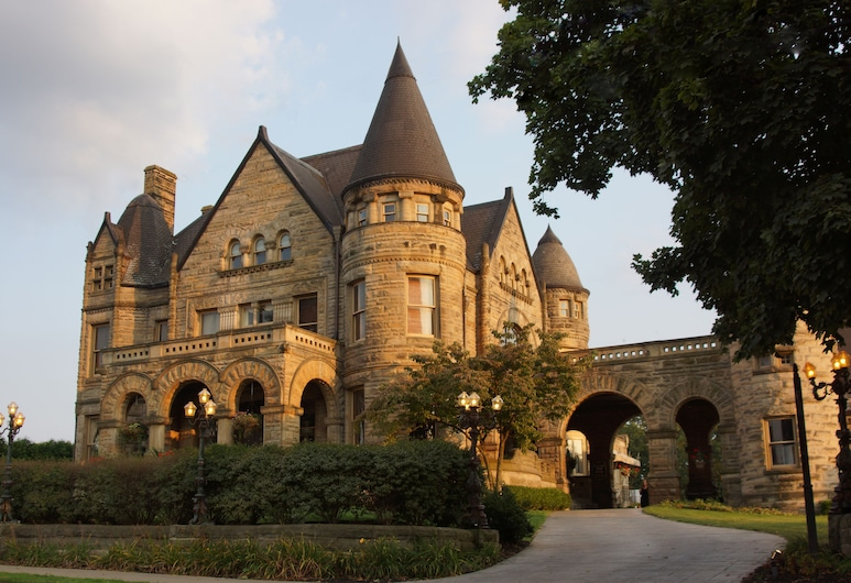Buhl Mansion Guesthouse And Spa, Sharon