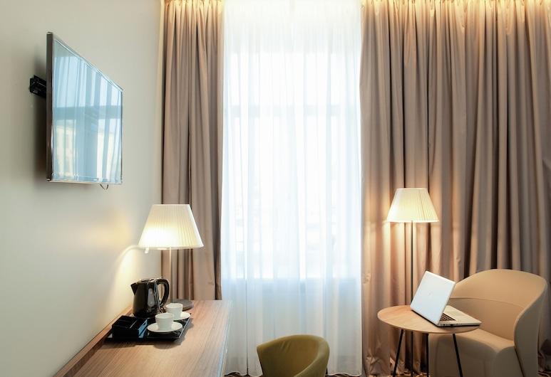 Mercure Riga Centre, Riga, Privilege, Room, 1 King Bed, Non Smoking, Guest Room