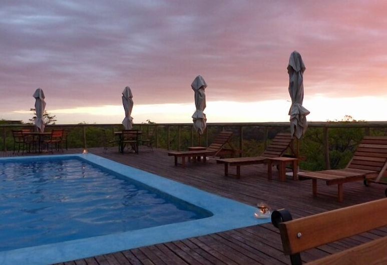 Uukwaluudhi Safari Lodge, Opuwo, Outdoor Pool