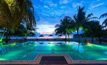 Picture of Olhuveli Beach & Spa Maldives in Olhuveli